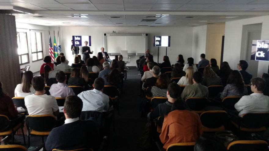 """Segunda palestra sobre """"Relações Públicas Subliminares"""", com os professores Paulo Nassar e Luiz Alberto Farias"""