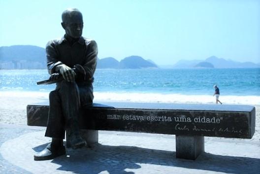 No meio do caminho tinha uma pedra, tinha uma pedra no meio do caminho da reputação do Rio: a falta de segurança.