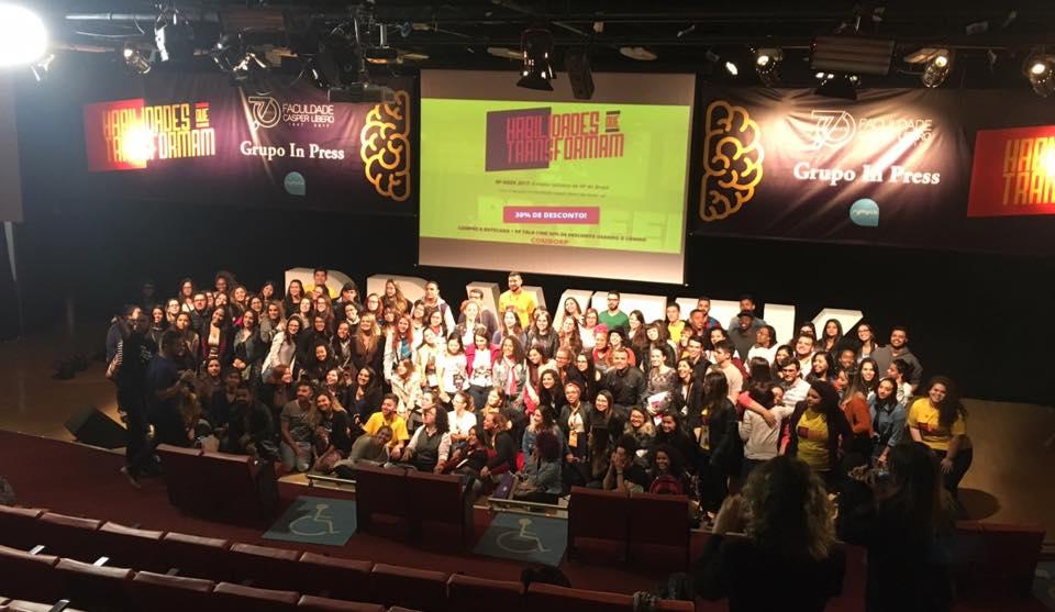 RP Week 4: organizadores e participantes no Teatro da Casper Líbero