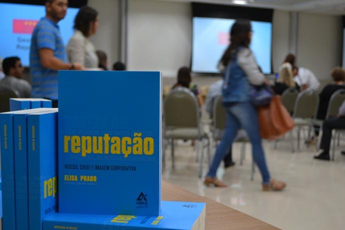 """""""Gestão da Reputação – Riscos, crise e imagem corporativa"""", de Elisa Prado"""