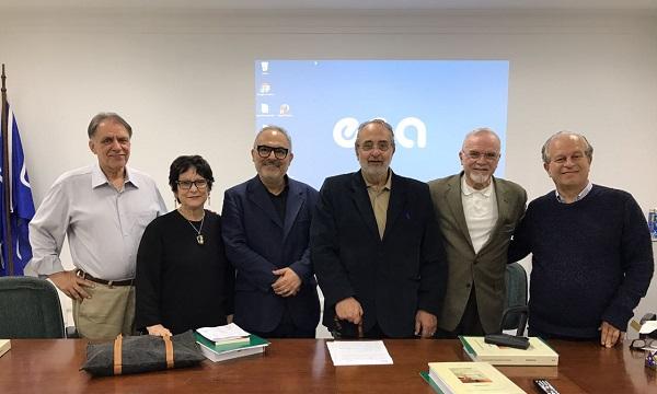Paulo Nassar (centro à esq.). Gil da Costa Marques, Cremilda Medina, Victor Aquino, Roberto DaMatta e Renato Janine