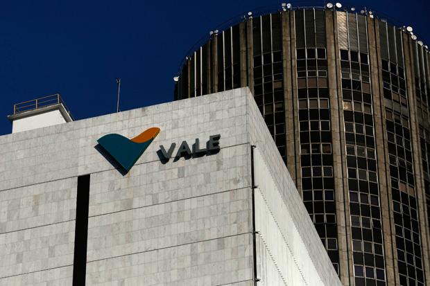 Fachada do prédio da Vale, com a logomarca em destaque