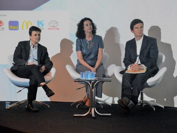 Rafael Gioielli, Cristiana Xavier de Brito e Miguel Incháustegui (Imagem: Gabrielle Torquato/Jornalismo JúniorGabrielle Torquato/)