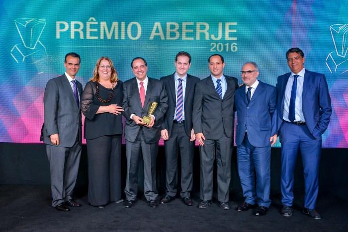 Fibria é reconhecida como a Empresa do Ano no Prêmio Aberje 2016