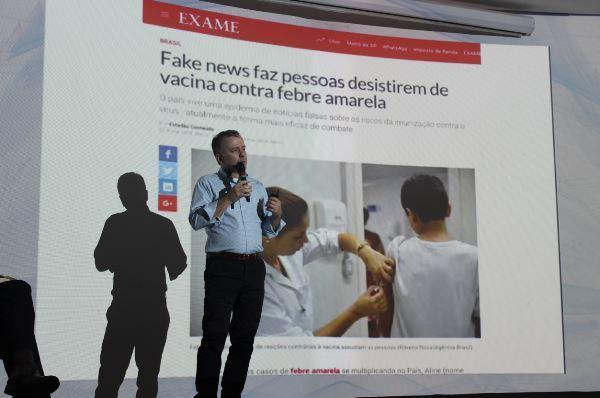 André Lahóz debate os efeitos das Fake News (Imagem: Pedro Smith/Jornalismo Júnior)